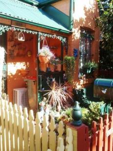 Welcome gnome, Erskineville (Sydney), NSW, Australia
