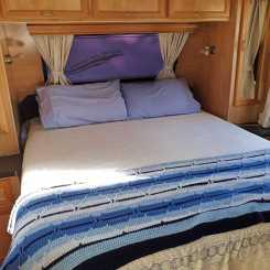 Note the nanna blanket!
